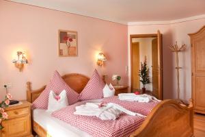 Romantisches Schlafzimmer im Landhausstil