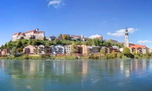 Blick auf die Burg von Burghausen