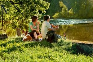 Picknick während einer Wanderung auf den gut ausgebauten Wanderwegen rund um Bad Birnbach.