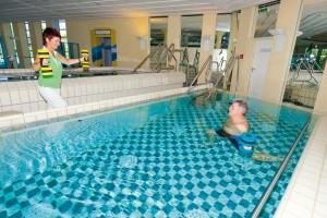 Wassergymnastik im Therapiebad der Rottal Terme in Bad Birnbach.