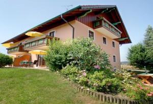 Ferienhaus in ruhiger Siedlungslage in Bad Birnbach.